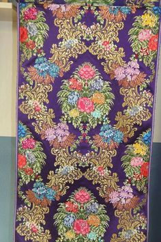"Seda Rafael català ""Real"" Textiles, Check Printing, Sherwani, Blouse Styles, Damask, Flower Art, Vector Art, Quilts, Blanket"