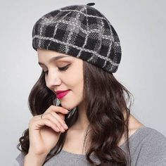 Scottish plaid French beret hat for women winter wear