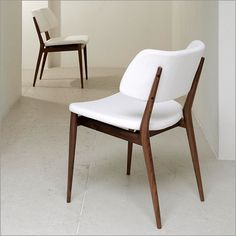 Nissa chair in walnut and upholstery