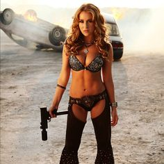 A new image from Robert Rodriguez' Machete Kills has been released featuring Alexa Vega as the character Killjoy.