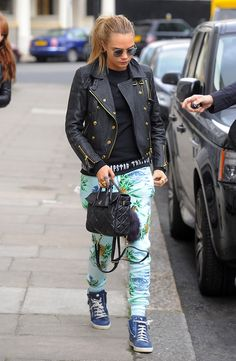 Cara Delevingne #love #cara #delevingne #caradelevingne. bag, сумки модные брендовые, bags lovers, http://bags-lovers.livejournal