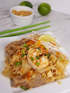 Pressure Cooker Pad Thai Image