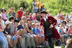 Piratenshow: Sjaak de Piraat's Piraten Avontuur. Een stoere kindershow vol piraterij, zwaarden, messen, pistolen, magie, vuur en gebakken schoenzolen. Een must op uw (bedrijfs)feest of evenement