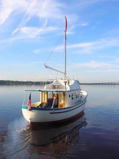 Converted trawler pocket sein netter classic motor boats for William garden sailboat designs