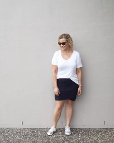 It was so good to see sunshine today. If you live in QLD I hope you're ok after Cyclone Debbie decided to visit. We'll chat about her a bit more on FB live tonight 6pm BNE time. See you there!  Wearing @bettybasics tee @augustinebykellycoe skirt and @icherryshoe lace ups (gifted) for today's