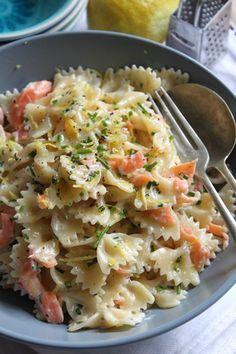Farfalle mit Räucherlachs #pasta #rezept                              …