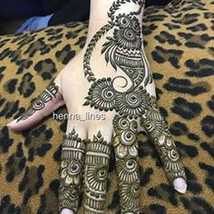 Henna @henna_lines