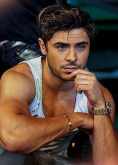 Zac Efron is beautiful