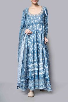 Buy Kairavi Suit online on Anita Dongre and delve into handcrafted treasures. Shop from the comfort of your home, with our cash on delivery (COD) services. Pakistani Dress Design, Pakistani Dresses, Indian Anarkali, Indian Dresses, Ethnic Outfits, Boho Outfits, Indian Wedding Outfits, Indian Outfits, Indian Clothes