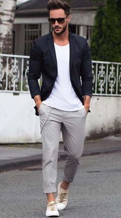 casual Monday // sunglasses // urban men // city boys // mens fashion // menswear // mens accessories // stylish men //