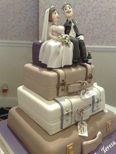 funny unusual wedding cakes