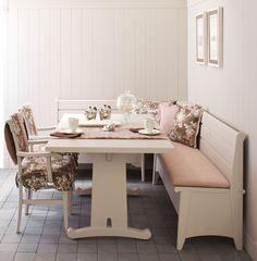 9 fantastiche immagini su Tavoli da cucina ad angolo   Corner dining ...