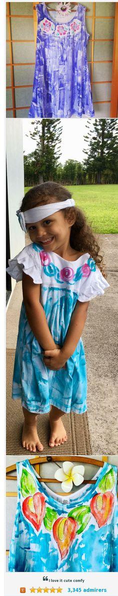 Petrina - Kaua'i - Hand Painted Clothes by PetrinaBlakely #etsyhandmade #handmadehour #integritytt @EtsyRT @EtsyClub @HandmadeHour https://www.etsy.com/shop/PetrinaBlakely?ref=listing-shop2-all-items-count&search_query=summer