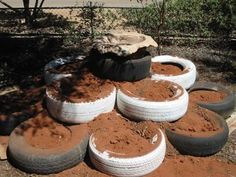 The Frugal World of Doc: Garden Tyre Mound and Birdbath Kids Daycare, Home Daycare, Daycare Ideas, Preschool Ideas, Craft Ideas, Outdoor Education, Outdoor Learning, Outdoor Play, Outdoor Spaces