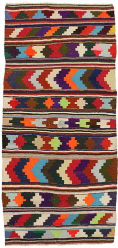 Qashqai - Κelimit 279x130 - CarpetU2