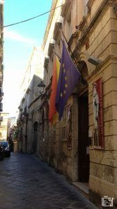 Discover Sicily: Leonardo Davinci - Archimede Museum, Syracuse Sicily, Cool Places To Visit, Trekking, Museum, Europe, Travel, Viajes, Trips, Hiking