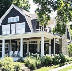 Modern Farmhouse Exterior Designs Love the color scheme. Amazing Blue and White House with Great Curb Appeal Dream House Exterior, Exterior House Colors, Exterior Design, Exterior Paint, House Ideas Exterior, Home Exteriors, Gray Exterior, Bungalow Exterior, Exterior Siding