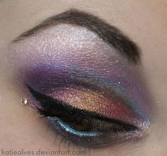 that looks like it would be interesting to do x]  Please give credit to the amazing makeup artist!