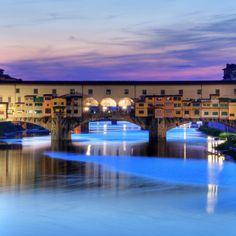 Ponte Vecchio @ Florence, Italy   ! Una ciudad que no te puedes perder!