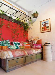A Plant Lover's Secret Garden in the Middle of Brooklyn | Design*Sponge