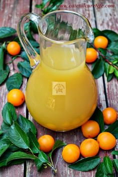 Otet de corcoduse galbene - CAIETUL CU RETETE Cantaloupe, Deserts, Food And Drink, Vegetables, Canning, Postres, Vegetable Recipes, Dessert, Veggies