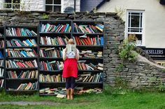 Hay Castle Bookshop in Hay-on-Wye - picture 3