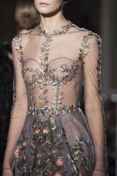 Défile Valentino Haute couture Printemps-été 2014 - Détail 7