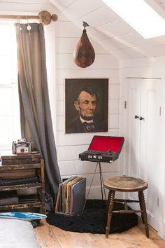 found   home   Found Vintage Rentals