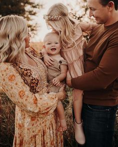 Cute Photography, Clothing Photography, Outdoor Photography, Lifestyle Photography, Family Photography, Photography Essentials, Photography Outfits, Family Photo Outfits, Family Photo Sessions