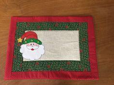 Jogos americanos de natal | Angela Carvalho Cherem | Flickr Mary Christmas, Christmas Sewing, Christmas 2019, Handmade Christmas, Xmas, Christmas Stuff, Christmas Placemats, Holiday Crafts, Holiday Decor