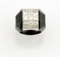 A diamond, onyx and platinium ring by Suzanne Belperron, made for the actress Marthe Regnier in 1947.
