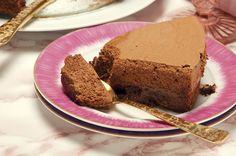 Receita de Bolo mousse de chocolate. Descubra como cozinhar Bolo mousse de chocolate de maneira prática e deliciosa com a Teleculinaria!