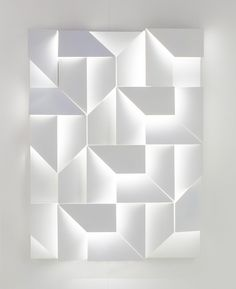 Wall Shadows is an interesting project by the Lebanese designer Charles Kalpakian for the Italian lighting company Omikron Design, which has resulted in a beautiful, minimalist, wall-mounted illumination.
