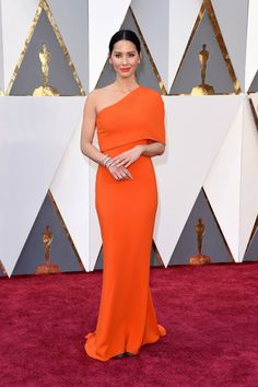 I love Oscars gowns so much Find out my favorite red carpet looks of the ceremony by going to