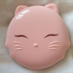 Compact Mirror- not sure if vintage but I'll just pretend it is. All Things Cute, Girly Things, Cat Things, Vintage Makeup, Vintage Cat, Crazy Cat Lady, Crazy Cats, Desu Desu, Kawaii
