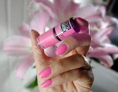 Pink boom Color show Maybelline : swatch du vernis de la gamme Color show 60…