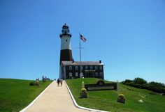 Visiting Montauk New York  If there's no traffic then it's about a two and a half hour drive from Manhattan to Montauk. And to everybody going there, it's well worth the trip. Montauk is on the easternmost part of the South Fork of Long Island, New York.  http://www.etraveltrips.com/visiting-montauk-new-york/