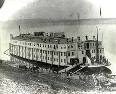 The USS Nashville, Civil war hospital ship. The hospital ship was yet another innovation of the war Naval History, World History, Military History, Military Art, American Civil War, American History, Old Pictures, Old Photos, Carolina Do Sul