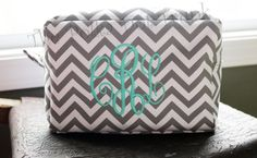 Super sweet and chic chevron cosmetic bags, made of easy to clean microfiber. This medium size cosmetic bag is fully lined and measures 8 in