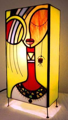 A ritmo tribal, de vidrio y arte;)