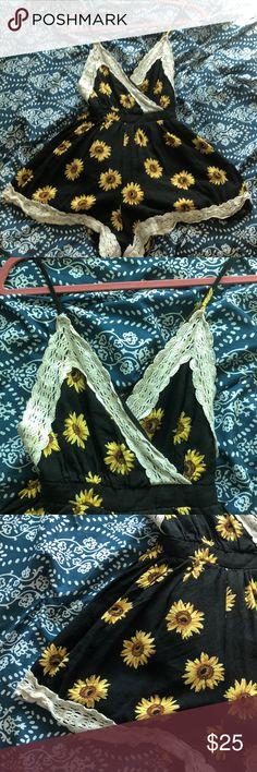 Super Cute Sunflower Dress Romper Size 6 Super cute Enhances curves Backless (cross straps) Zip up shorts on the back Paper Heart Boutique Dresses Mini