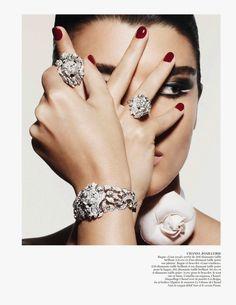 Diamonds are a girls best friend #photography #fashion #voque