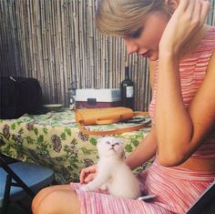 Taylor Swift Drinking Wine With New Blue Eyed White Haired Kitten 'Olivia Benson' - http://oceanup.com/2014/06/18/taylor-swift-drinking-wine-with-new-blue-eyed-white-haired-kitten-olivia-benson/