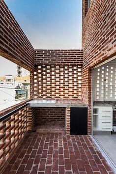 Image 14 of 28 from gallery of OZ 3459 / estudiotrama + arqtipo. Photograph by Federico Kulekdjian Brick Architecture, Architecture Details, Brick Images, Brick Works, African House, Brick Detail, Vejle, Brick Texture, Brick Facade