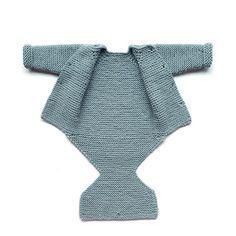 Free Knitting Pattern for Pelele Baby Onesie - Garter stitch onesie with buttoned fastenings on front and pant flap. Designed by Marta Porcel.Learn how to Make this Knitted Onesie made with GARTER stitch. FREE Step by Step Pattern & Tutorial.This Pin Baby Knitting Patterns, Baby Clothes Patterns, Baby Hats Knitting, Knitting For Kids, Baby Patterns, Free Knitting, Crochet Patterns, Baby Romper Pattern Free, Free Pattern