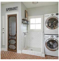 Laundry Room #dog #shower #in #laundry #room #dogshowerinlaundryroom Mudroom Laundry Room, Laundry Room Remodel, Laundry Room Design, Küchen Design, House Design, Design Trends, Casa Loft, Laundry Room Inspiration, Dog Rooms