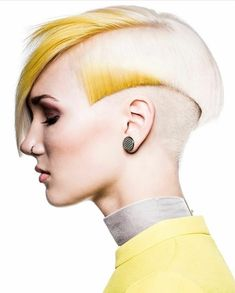 If you are looking for new trendy hairstyles for short hair?Be inspired by these 100 short haircuts and short hairstyles for women. New Trendy Hairstyles, Undercut Hairstyles, Creative Hairstyles, Cool Haircuts, Short Haircuts, Hair Inspo, Hair Inspiration, Pelo Multicolor, Avant Garde Hair