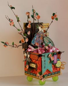 Scrapbook Flair: Birdsong Candy Box with Artist on the Block