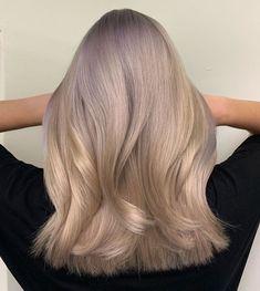 """279 To se mi líbí, 6 komentářů – Karolína Machovič (@karolmachovic) na Instagramu: """"LIGHT TITANIUM BLONDE. Když jsem dělala vlasy @terezavlasakova.cz měla jsem v plánu něco…"""" Blond, Long Hair Styles, Beauty, Instagram, Long Hairstyle, Long Haircuts, Long Hair Cuts, Beauty Illustration, Long Hairstyles"""