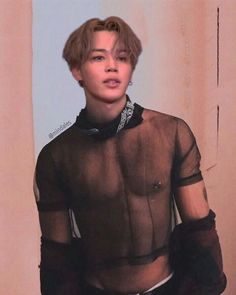 Read Oops (Jimin) from the story ᴹᴼᴹᴹᵞ by BlackFemdomQueen (𝓜𝓮𝓵𝓪𝓷𝓲𝓷. Jimin hurry's and clean himself and c.